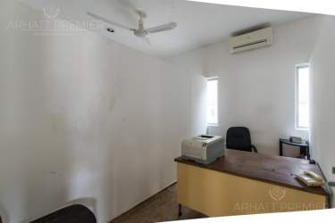 Fotografía 12 de Se renta espacio con 7 oficinas y más. ¡Sobre avenida!