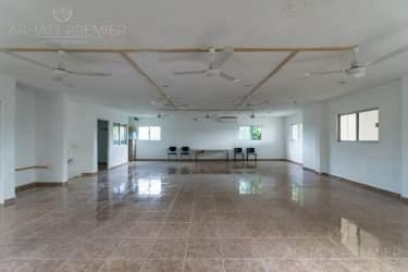 Fotografía 19 de Se renta espacio con 7 oficinas y más. ¡Sobre avenida!