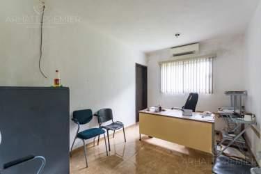 Fotografía 21 de Se renta espacio con 7 oficinas y más. ¡Sobre avenida!