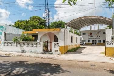 Fotografía 2 de Se renta espacio con 7 oficinas y más. ¡Sobre avenida!